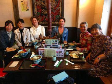 サンモール校の父母 食を通しての日本語会話練習