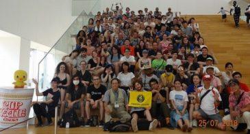 アメリカの高校生と3日間 横浜を楽しむ! ③新婚さんと写真撮影