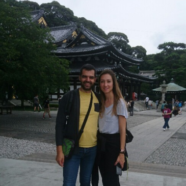 A Spanish Couple is very Curious about Japan