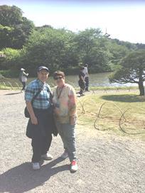 アメリカ人夫妻 横浜の過去~未来を探訪