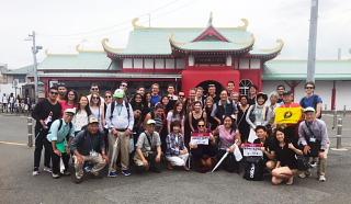 米国ハーバード大学院生と江の島を散策