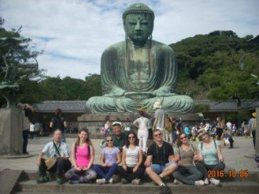 Israeli Tourists Enjoy Yukimi Daifuku in Kamakura