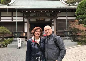 "A Spanish Couple Enjoys "" Kamakura Highlight"""