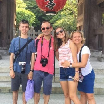 A Happy Family from France Enjoys Kamakura Despite the Scorching Heat