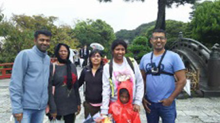 Pleasant Tour around Kamakura with a Vegetarian Family Even in The Rain